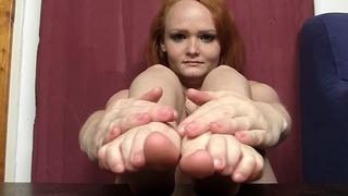 Redhead feet and legs show
