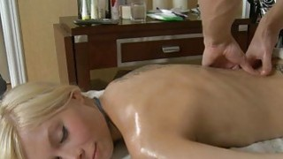 Lass receives plowing after fleshly oil rubbing
