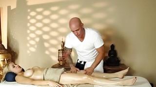 Secret movie from very tricky massage bedroom
