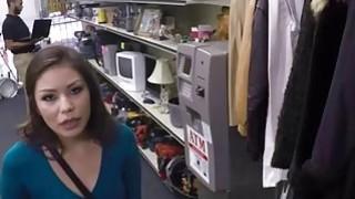 Charming Samantha Parker sucks a naughty pawn dude cock