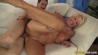 Big tits mature Mandy McGraw gets banged