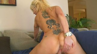 Tattoed babe Morgan Ray is voracious cock rider