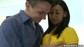 Neat black haired chick Viviana gives blowjob to tourist
